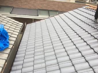 防災瓦に葺き替えられた屋根
