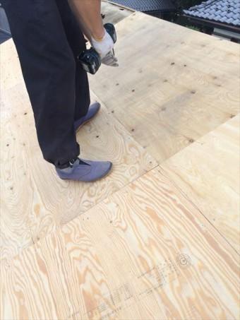 屋根 野地板