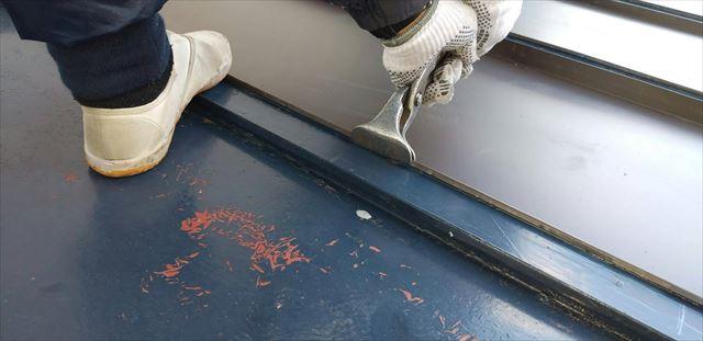 塗装不可板金被せ工法