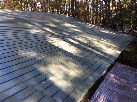 茅野市豊平の別荘地で屋根塗装のお問い合わせがあり下見してきました