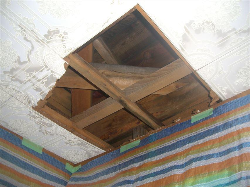 塩尻市田川町で天井から雨漏り浸水原因の発見までを見てみましょう!