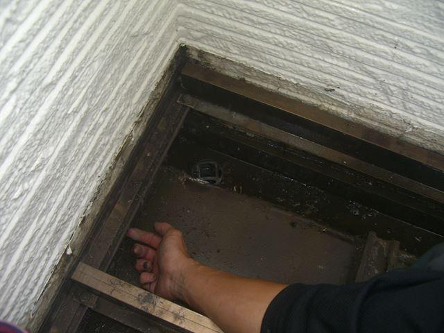 塩尻市広丘廊下雨漏り