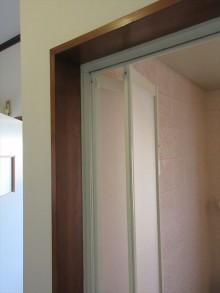 安曇野市三郷 浴室折戸交換