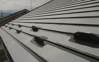 岡谷市山下町で屋根塗装とベランダ防水塗装を行いました。