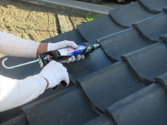 屋根瓦補修