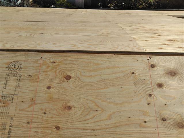 屋根葺き替え瓦おろし