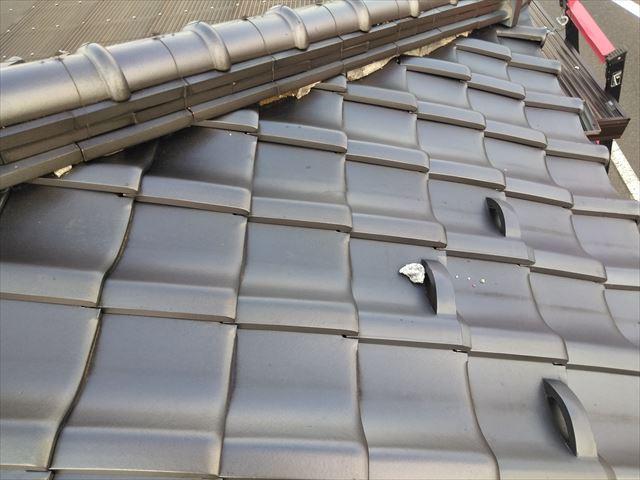 塩尻市にて棟瓦を全て解体してモルタルにて積み直し工事のご紹介