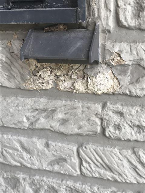 塩尻の外壁クリア塗装(C-1グラス)窓廻り凍害補修施工前、後