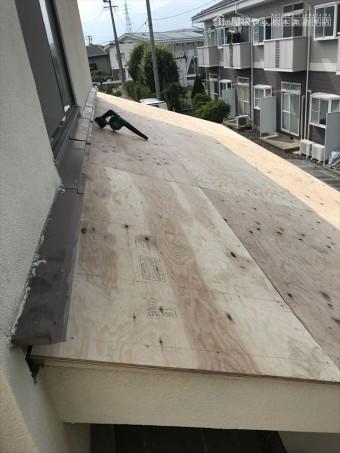 T邸瓦屋根葺き替え