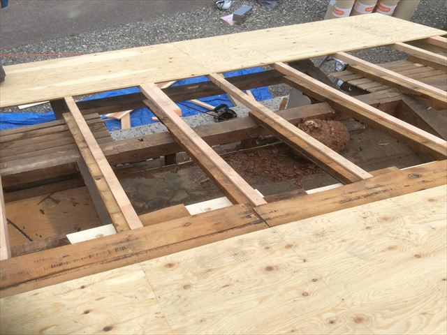 藪原屋根工事